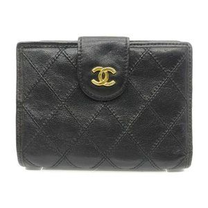 Authentic Chanel  Bicolore Coco Mark Leather Wallet